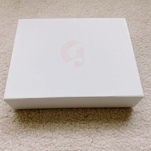 Glossier Makeup - [NEW] Glossier Magnetic Makeup Box